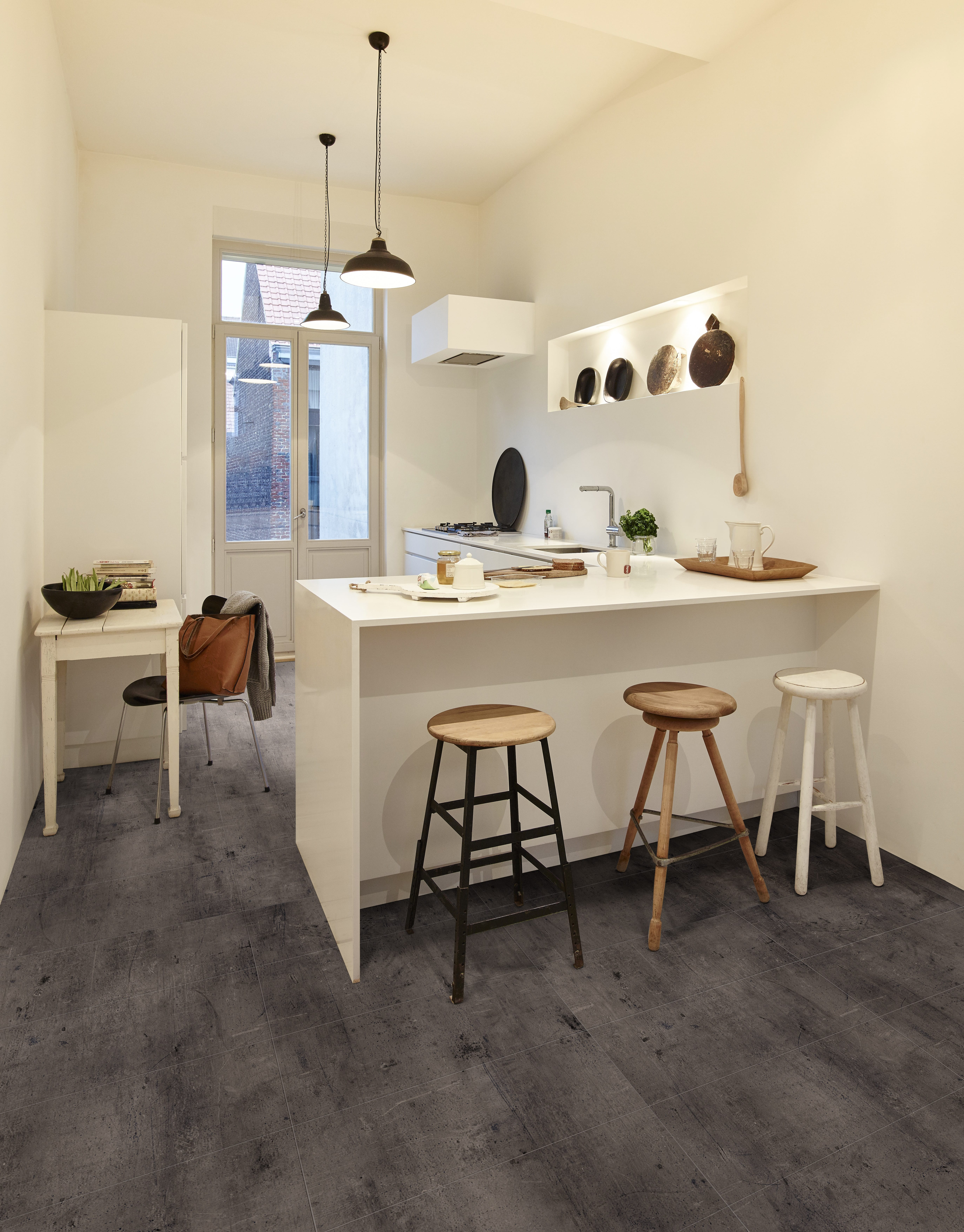 berryalloc zinc 907d pure click 55 vinyl in stein. Black Bedroom Furniture Sets. Home Design Ideas